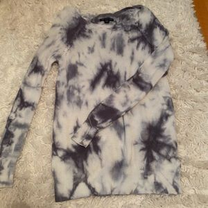 Tie-dye long sleeve sweater